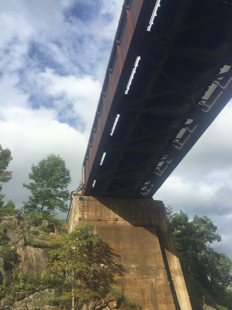 train bridge over the severn river